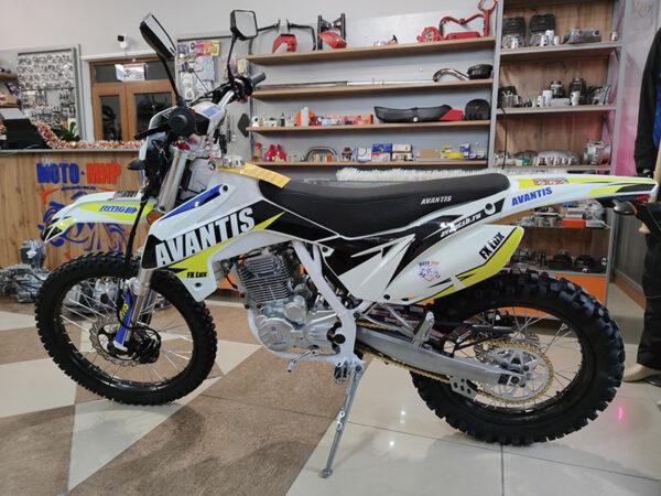 МОТОЦИКЛ AVANTIS FX 250 LUX (172FMM, ВОЗД.ОХЛ.) в Шымкенте, Купить AVANTIS FX 250 LUX в Шымкенте, Продажа AVANTIS FX 250 LUX в Шымкенте, Запчасти на AVANTIS